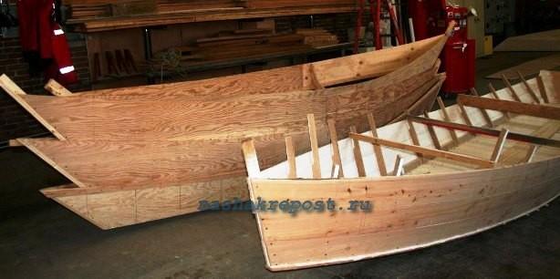 строительство каноэ из дерева