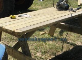 установка скамеек садового стола