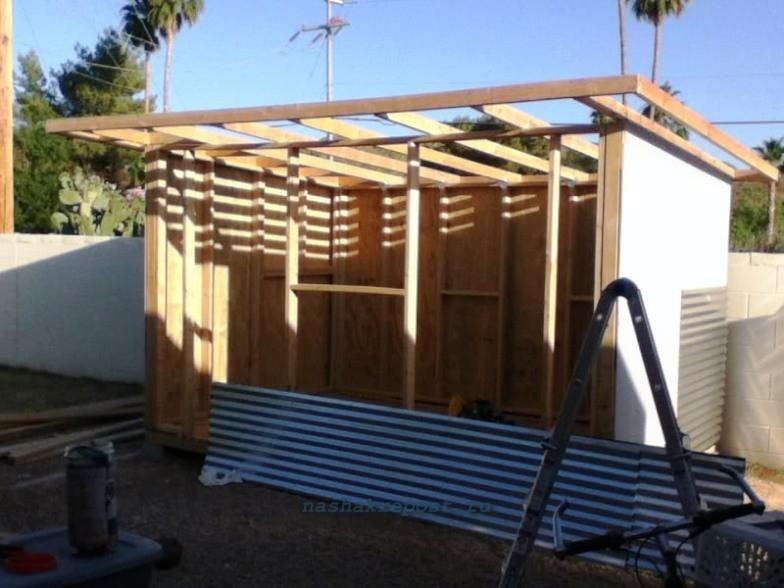 Строим сарай из профнастила