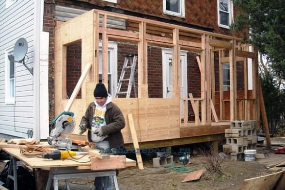 Как построить веранду своими руками дешево