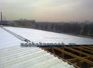 провнастил для покрытия крыши гаража