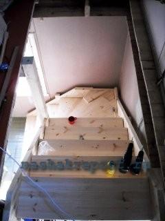 лестница на мансарду вид сверху