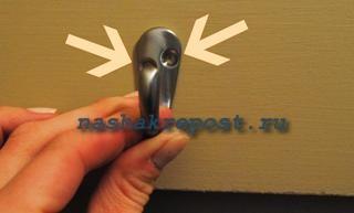 установка и разметка крючков вешалки