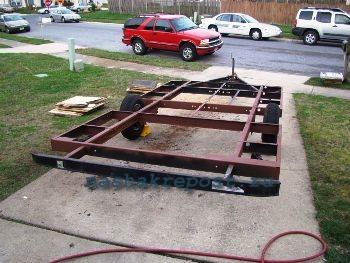 Железная платформа для вагончика